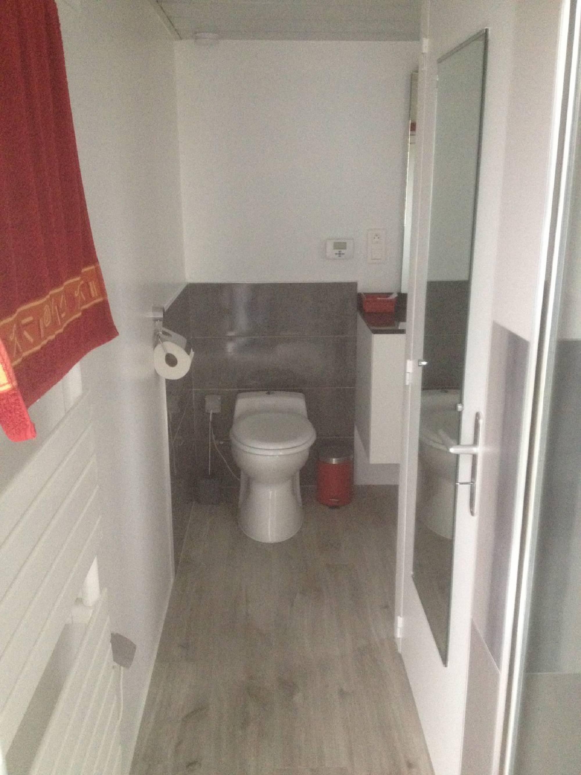 WC salle de bain mobile